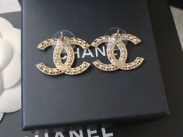 100% AUTH NEW CHANEL 2019 XL Large Gold CC Crystal Stud Earrings image 10