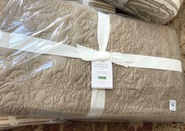 Pottery Barn Floral Stitch Quilt Set Neutral King 2 King Sham Taupe Tencel $418 - $299.00