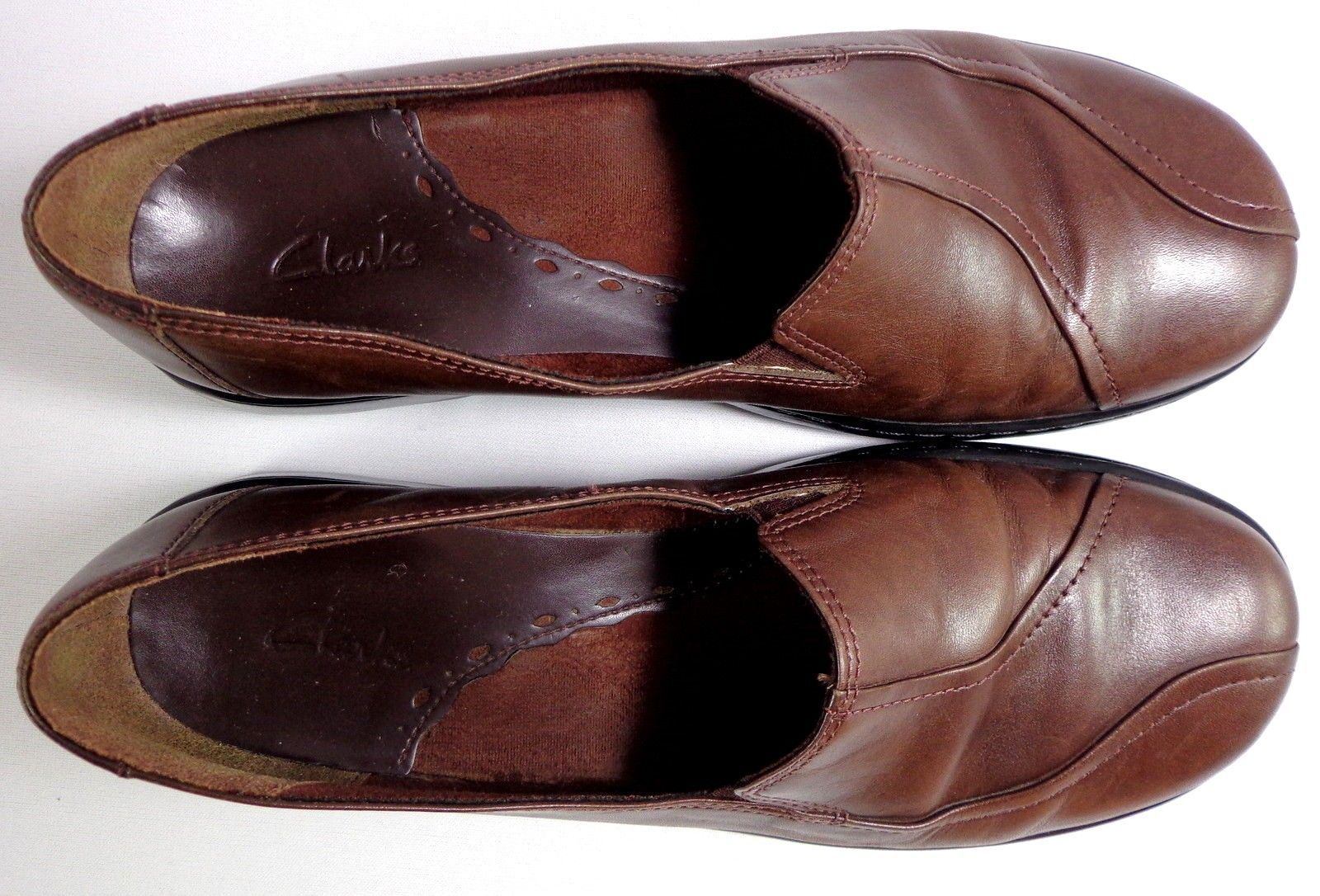 Clarks Loafers Womens Brown Leather Slip On Shoes Size 8.5 M