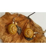 Suspended Pebble earrings: natural charm & authentic, blond snail shell - $43.00