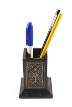 Exclusive Wooden Pen Stand With Metal Inlay For Gifting by Rural Artisans - €34,13 EUR