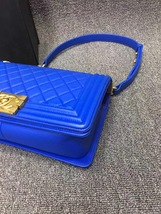 AUTHENTIC CHANEL ROYAL BLUE QUILTED VELVET MEDIUM BOY FLAP BAG SHW image 6