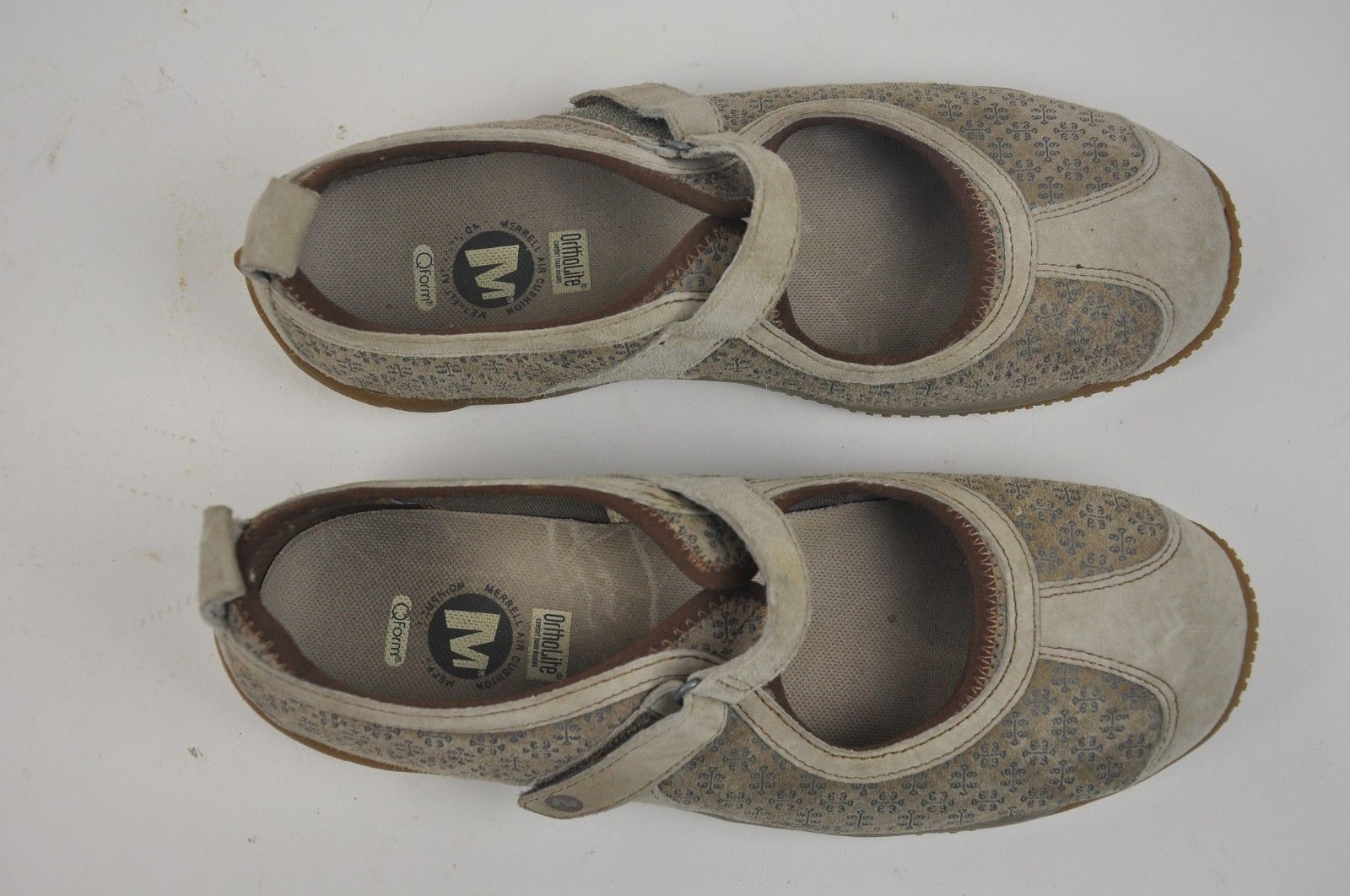 2c4c5aad87f1 Women s MERRELL Circuit MJ Taupe Mary Jane Size 9 Q Form Ortholite Suede  J75098