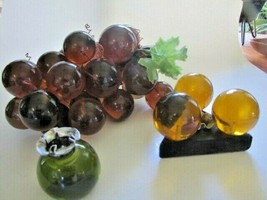 Vintage Retro 1960s Acrylic Lucite Grape Cluster On Driftwood + 2 candle... - $41.58
