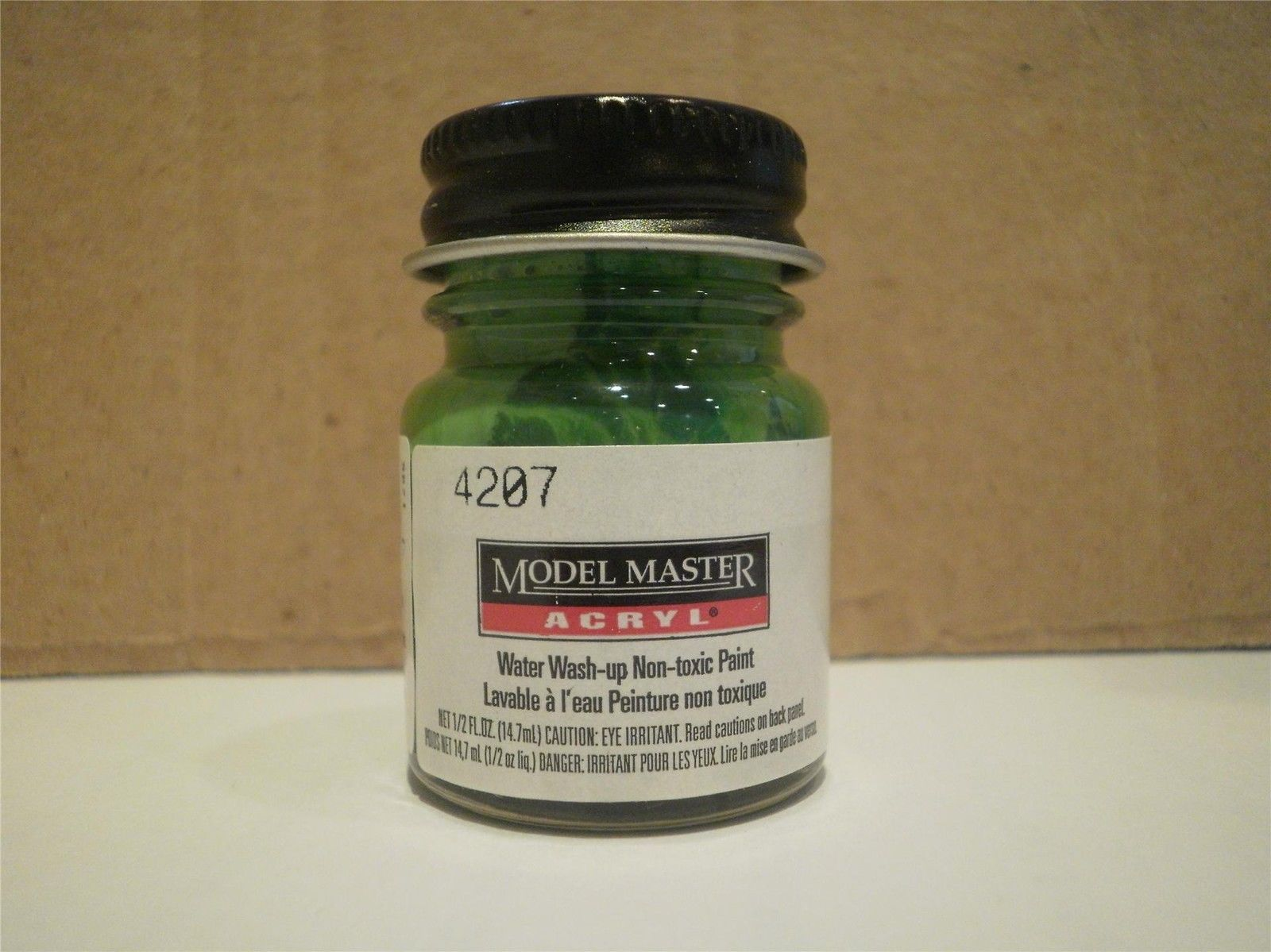 Primary image for MODEL MASTER PAINT- 4207 CAPRAIL GREEN- 1/2 OZ.- NEW- L74
