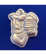 Wilton Scooby Doo cake pan dog eating big hamburger 2105-3227 aluminum r... - $8.00