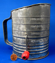 Retro Red Wood Handled 1950s Tin Flour Sifter Bromwell 6 Cup Measuring S... - $12.00