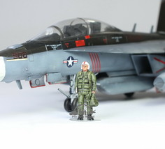 US Navy Jet Fighter Pilot 1:72 Pro Built Model #2 - $14.83
