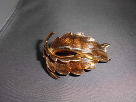 VTG Gold Tone French Made Abstract Leaf Hair Clip - $14.85