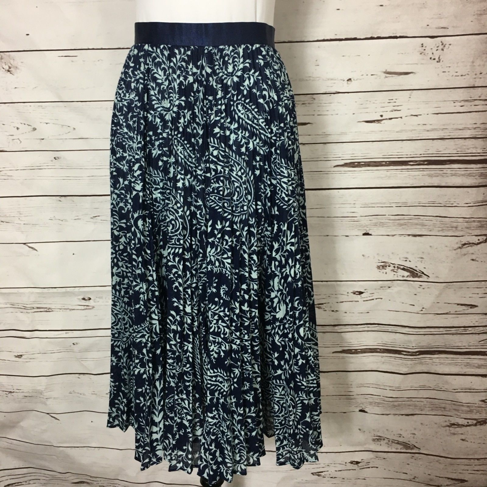 7587ed477c Girls From Savoy Womens Skirt Size 2 Blue Floral Pleated Long Full  Anthropologie