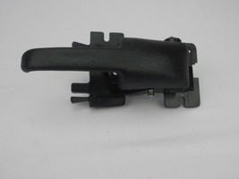 2001-2005 Ford Explorer Sport Trac Inside Door Handle Passenger Side Front Right - $22.28