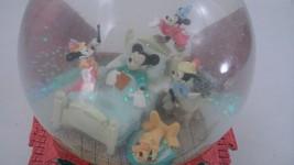 Cute Walt Disney Sleeping Dreaming Mickey Mouse When You Wish Musical Snowglobe - $47.17