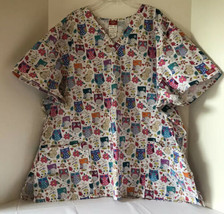 Dickies Scrub Top Womens Sz 3XL White With Multicolor Owls Short Sleeve Medical - $14.46