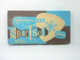 Vintage Indiana Glass Snowflake Snack Set SmartSet - 4 Cups & Plates - $13.06