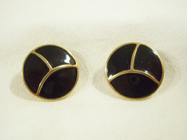 Crown TRIFARI BLACK Enamel Gold Plate Button Style Clip Earrings Vintage... - $22.76