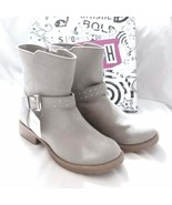 Girls size 13 boot studded gray - $31.65
