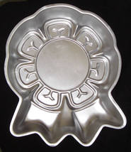 Wilton Cake Pan BLUE RIBBON 1st PLACE AWARD 502-2286 1979 - $10.95