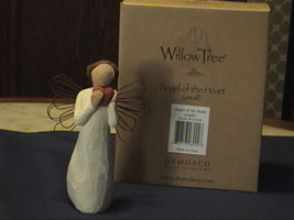 Nwt Willow Tree Angel Of The Heart Figurine Susan Lordi Demdaco Small - $30.00