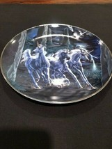 Royal Doulton Power Of The Unicorns Collectors Plate - $9.89