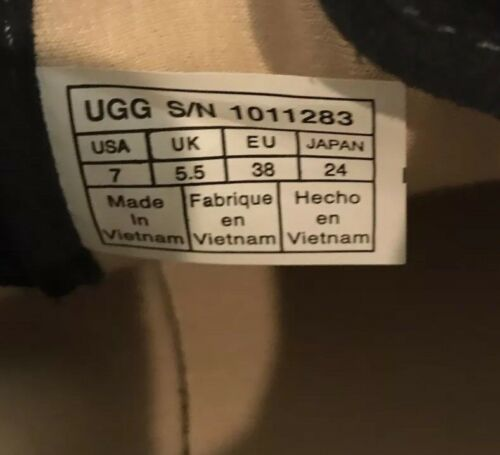 Women's Ugg Australia High Top Sneakers Size 7 Used