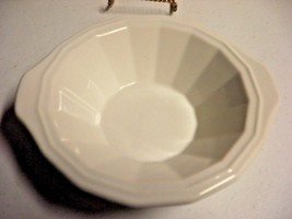 Homer Laughlin K-82 White Handled Bowls Set of 6  lovely - $19.26