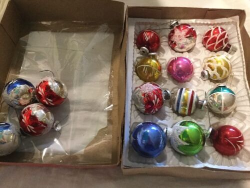 Vintage CHRISTMAS TREE ORNAMENTS  Hand Painted Glass Balls image 2