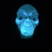 Gothic Shrunken HANGING BLACK HOODED SKULL Flashing Lights Halloween Dec... - $3.89