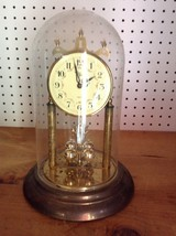 ELGIN QUARTZ TABLETOP CLOCK WITH GLASS GLOBE PARTS ONLY!           #9465 - $12.59