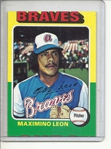 (b-30) 1975 Topps #442: Maximino Leon - Rookie - Factory Error  Off-Set Cut - $5.00