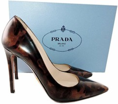 Sz 38 PRADA Como Collection Patent Leather Classic Pointy Toe Pumps Shoes - £292.09 GBP