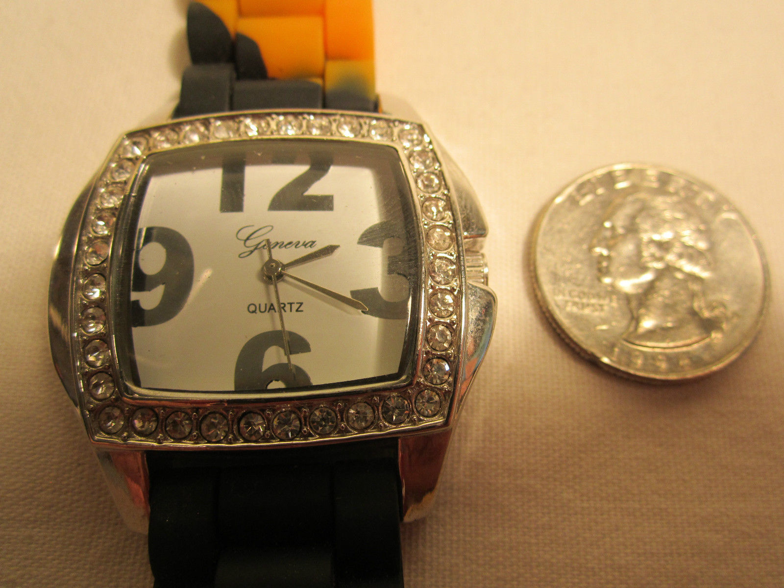 *Working* Electric ANALOG Women's Wristwatch GENEVA QUARTZ [h12c1]