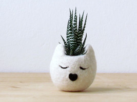 Cat planter / Small pot for succulents / white Cat head planter / Felt s... - £18.18 GBP