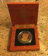 TRUMP COIN CHALLENGE in WOOD BOX PRESIDENT INAUGURATION EAGLE SEAL GOLD ... - $18.82