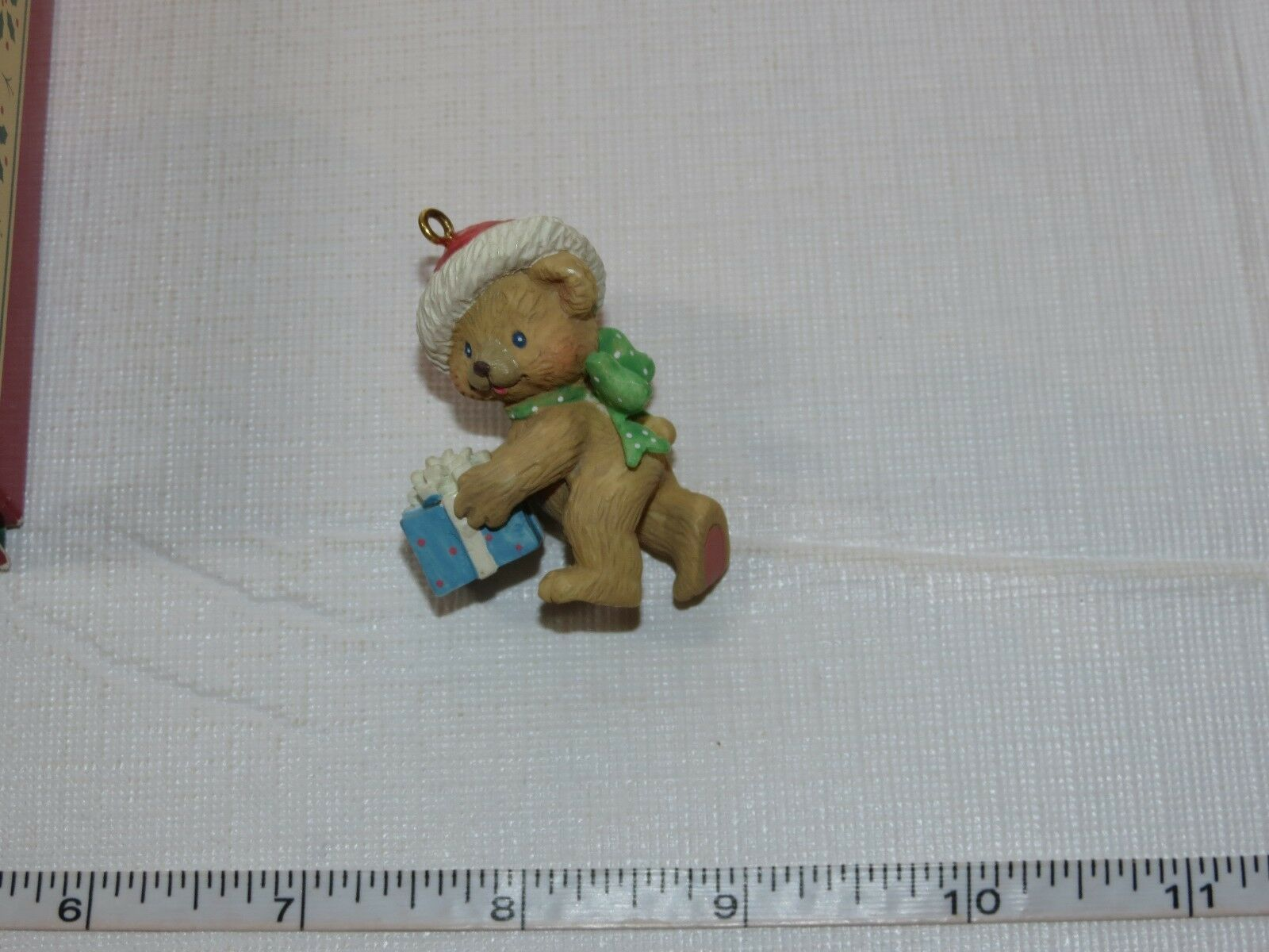 Carlton Cards Heirloom Collection Christmas Warmhearted Holidays Bear image 3