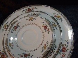 1976 Royal Doulton Kingswood TC1115 Five Piece Place Setting ~ Minty ! - $49.50