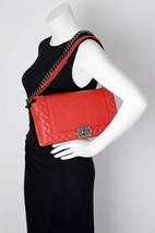 AUTHENTIC CHANEL RED SMOOTH CALFSKIN REVERSO MEDIUM BOY FLAP BAG RHW image 15