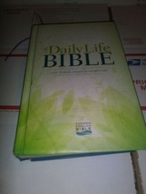The Daily Life Bible Guideposts~ Easy to Read, Easier to Understand Hard... - $3.40