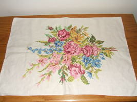 Lovely Hand Stitched Floral Bouquet Linen Cotton Towel Fabric - $18.32