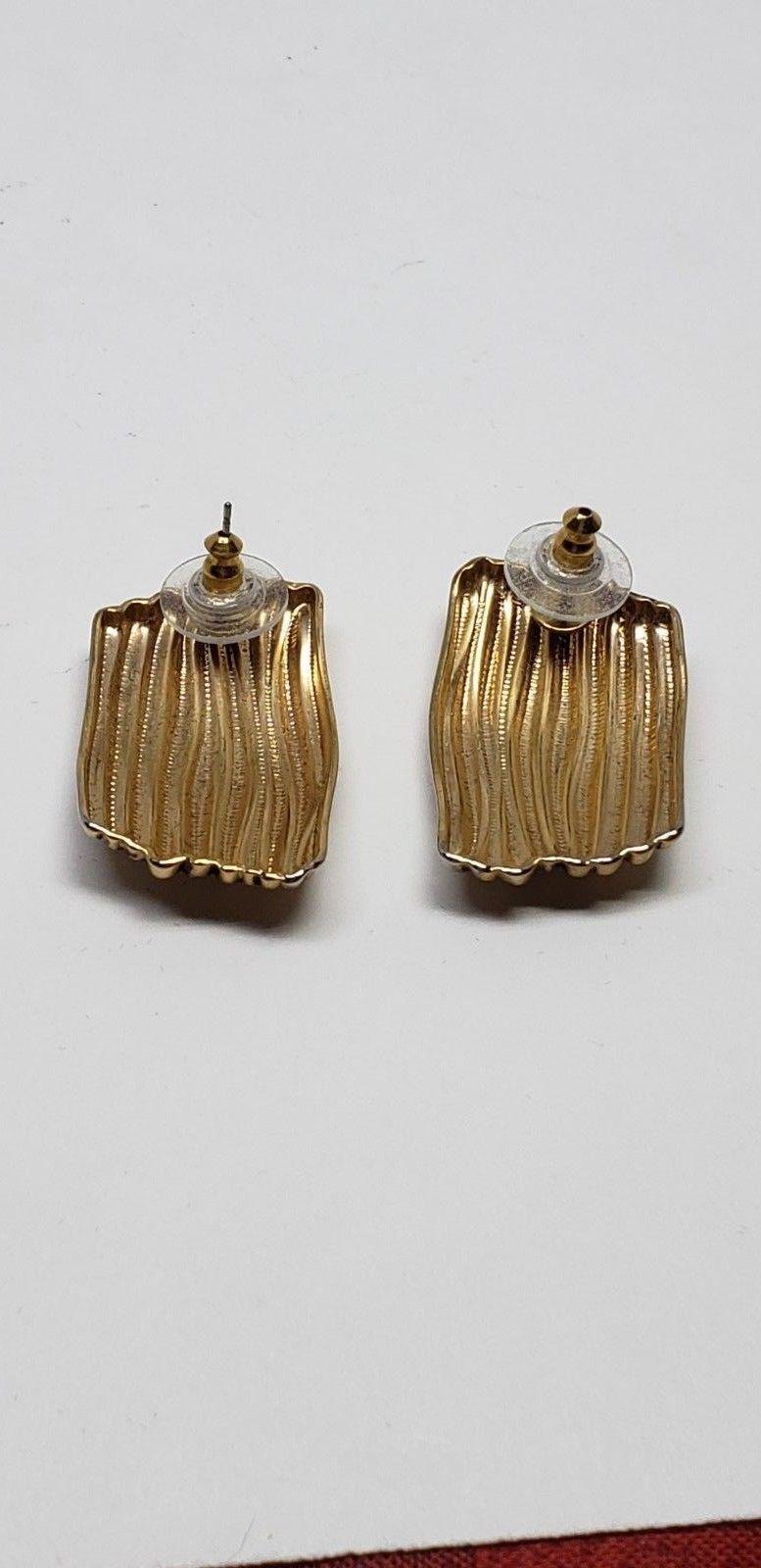 Abstract Wavy Earrings Pierced Vintage Gold Tone