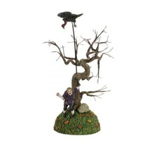Department 56 Halloween ・ Snow ・ Village Series Eagle Master Trainer F33 - £319.31 GBP