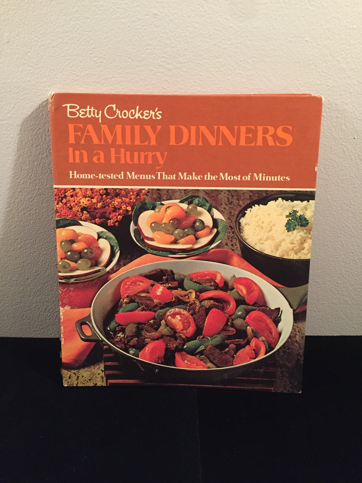 Vintage 1970 Betty Crocker's Family Dinners in a Hurry Cookbook- hardcover