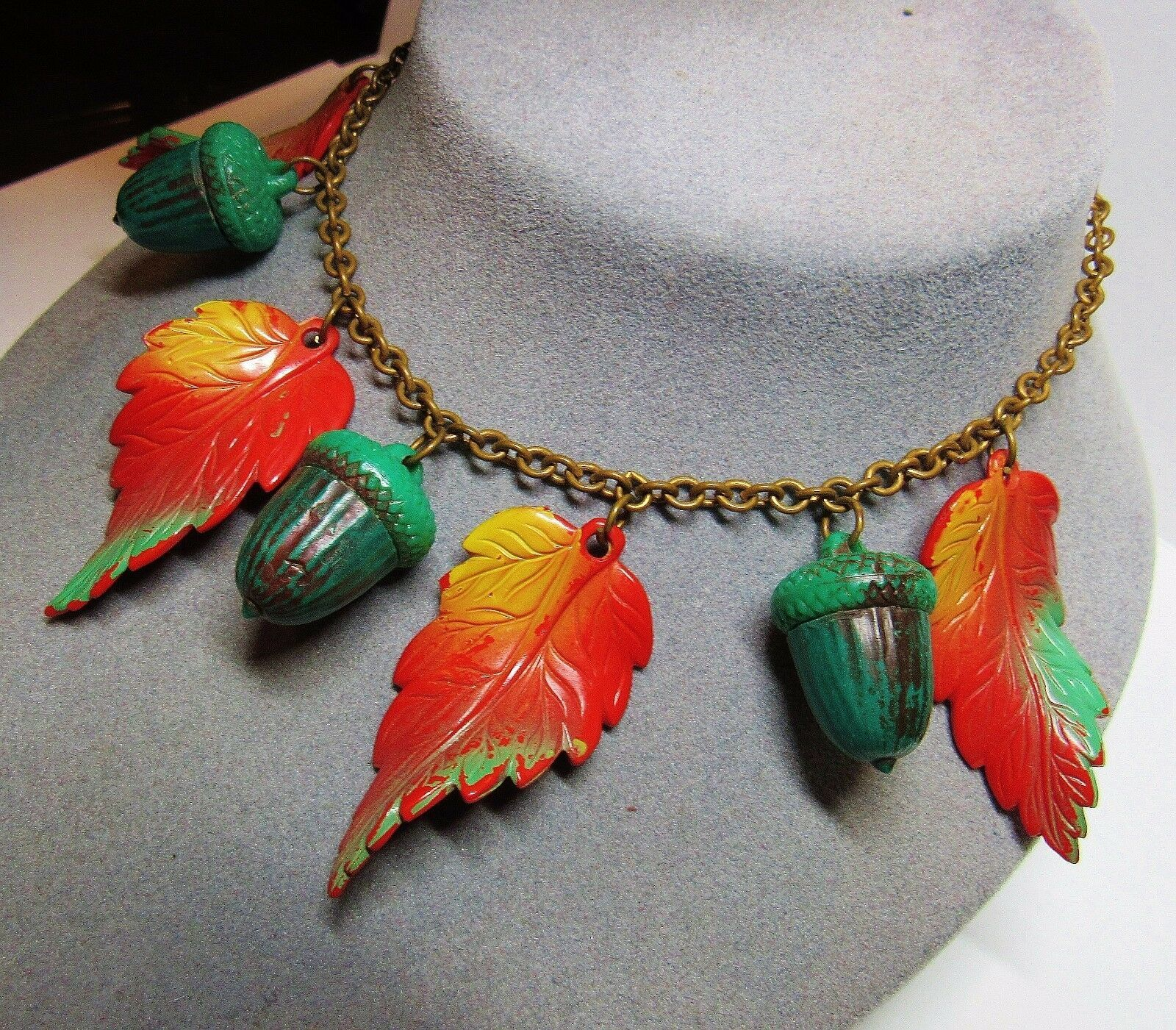 "Vintage 30s Colorful Early Plastic Acorn Leaf Leaves Brass Chain 16.5"" Necklace"