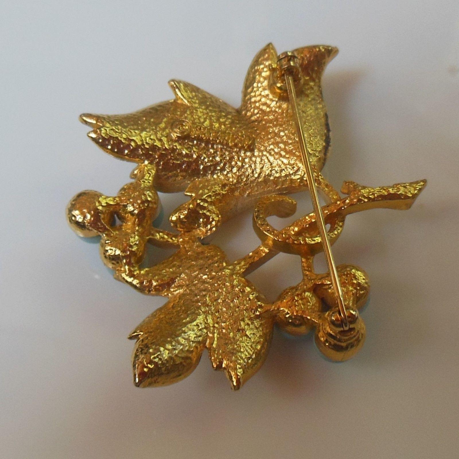 Vintage Sarah Coventry Gold Enamel Floral Leaf Brooch/Pin