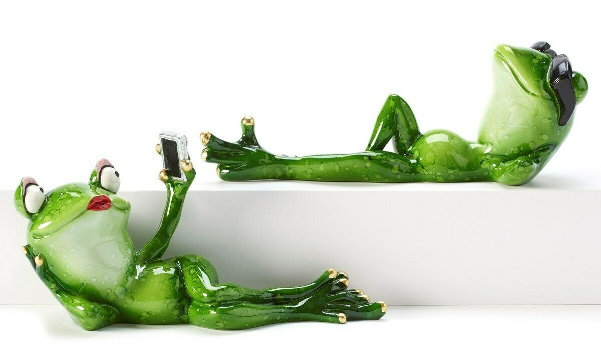 Set of 2 - Chilin Frog Figurines - Selfie Frog  & Chillin Frog w Sunglasses