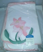 4 Place mats 4 Napkins Pink Floral Design Hand Embroidery Vintage Linen Flowers - $11.39