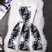 Vintage Chinese Style Black White Women Summer Sleeveless Vest Printing ... - $33.66