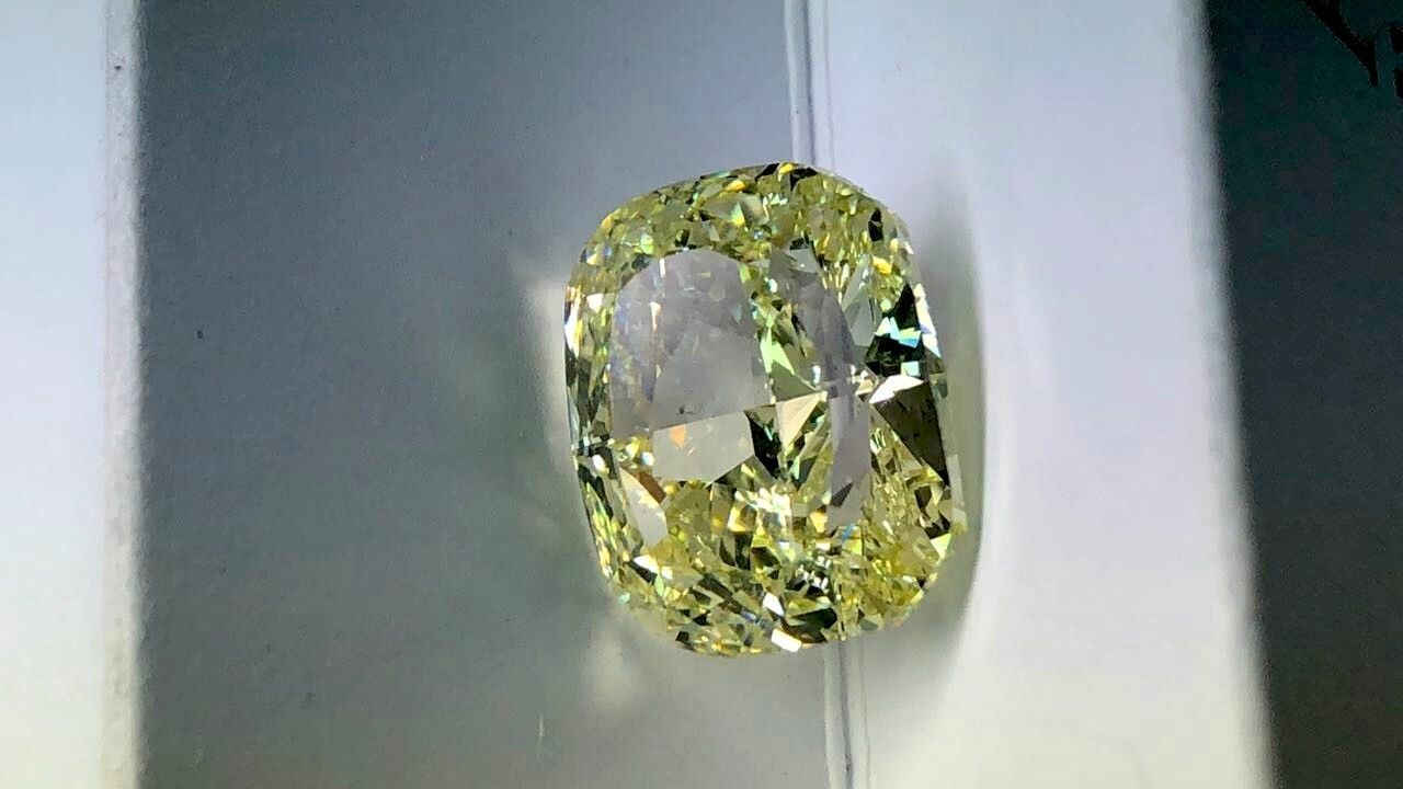10.10 CARAT FANCY YELLOW DIAMOND GIA CERT CUSHION CUT PIRATE GOLD COINS TREASURE