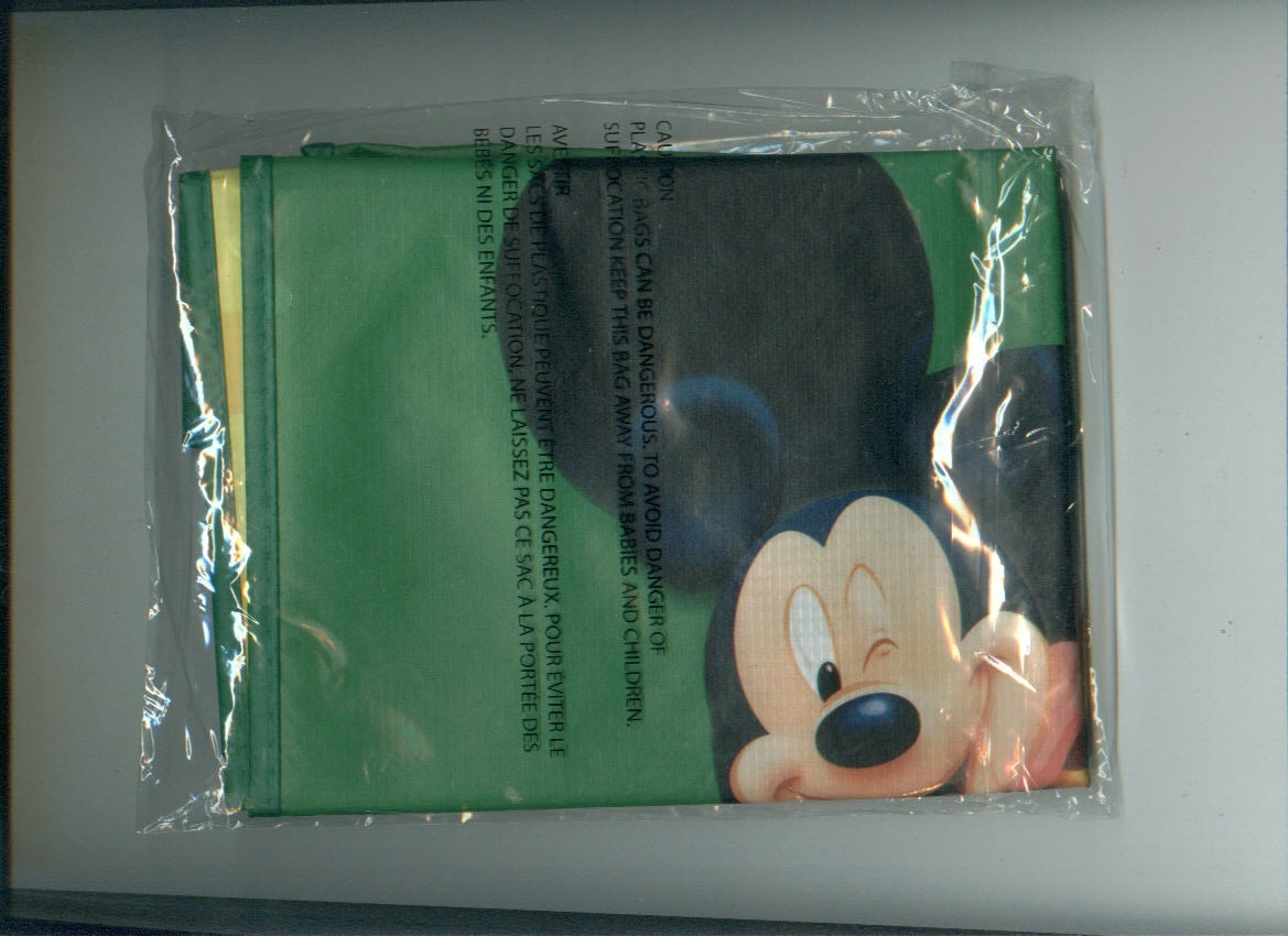 Disney MOVIE CLUB LUNCH BAG + reusable tote bags shopping Mickey Mouse halloween