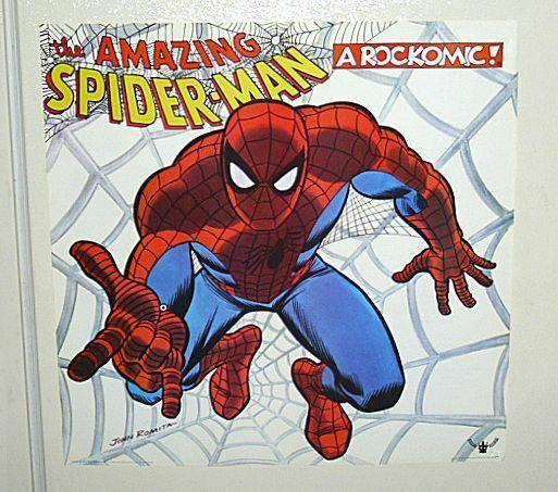 Original 1972 Marvel Spider-man NEVER FOLDED VARIANT poster: 1970's Marvelmania