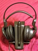 Sony MDR-RF920R Wireless Headphones with TMR-RF960R Transmitter Base (fo... - $9.95